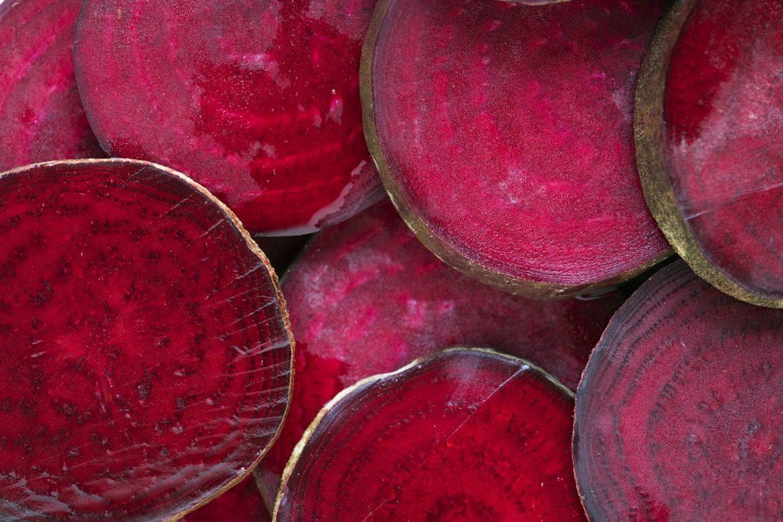 8 здравословни ползи от консумацията на червено цвекло